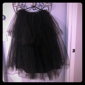 Maker's Halloween Adult Long Tutu Costume-Black